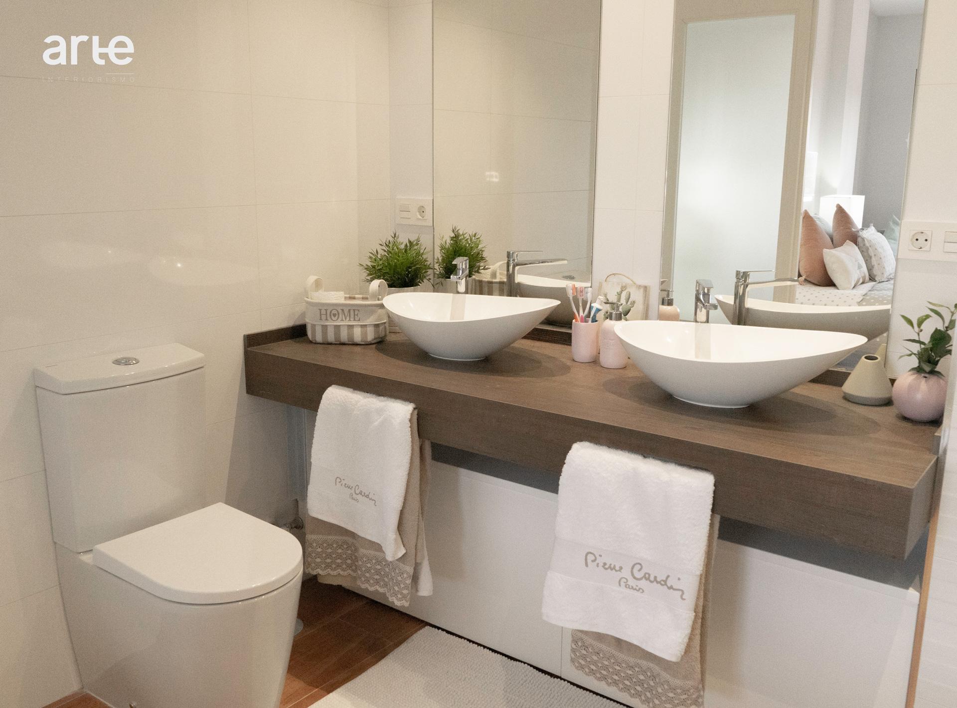 Baño diseñado por Arte Interiorismo